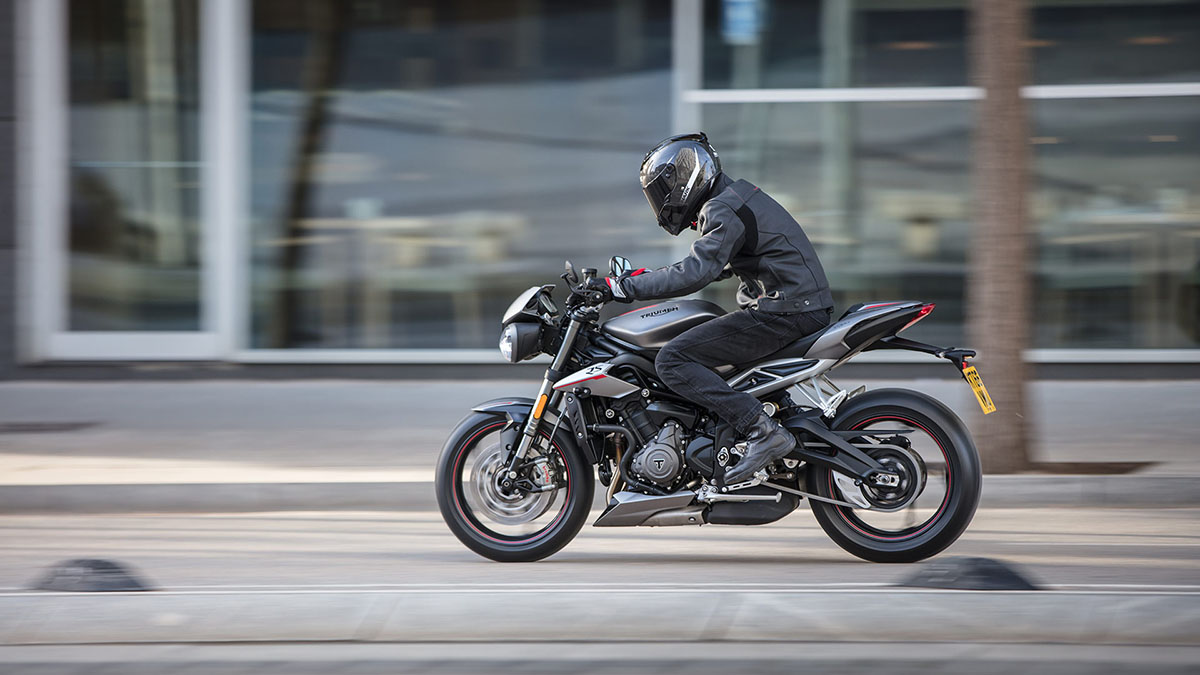 Triumph-STREET TRIPLE RS-Gallery-04