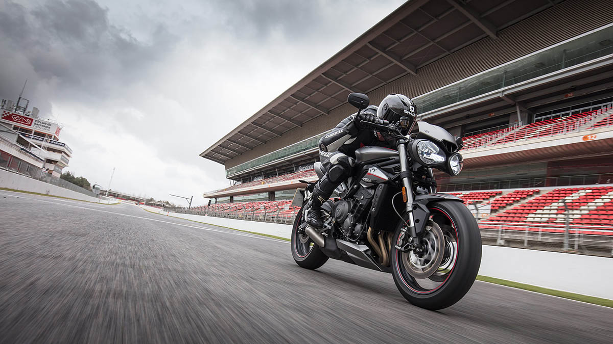 Triumph-STREET TRIPLE RS-Gallery-05